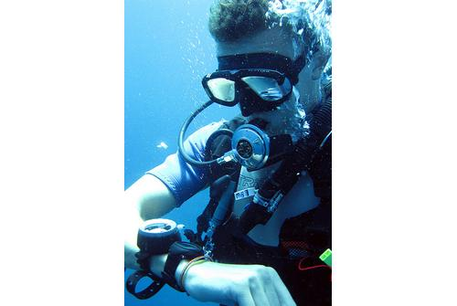 the best dive watches under 500 for recreational diving tough so many watches claming to be diver watches the choices can be overwhelming fret not i m here to help you to my friends i m known as a tough