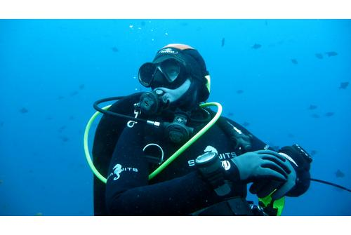 the best dive watches under 500 for recreational diving tough the best dive watches under 500 for recreational s diving